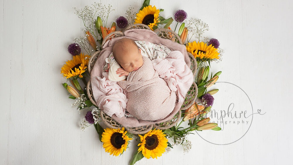 choosing a newborn photographer West Sussex
