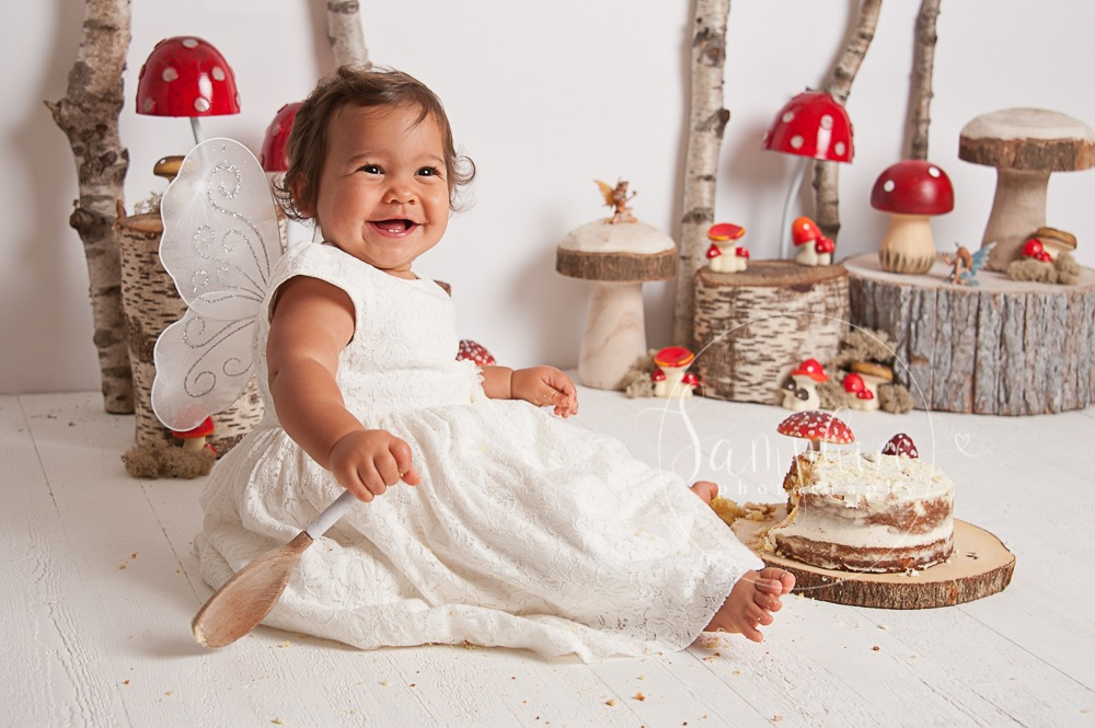 Astounding Bespoke Woodland Cake Smash Samphire Photography Sussex Funny Birthday Cards Online Inifofree Goldxyz