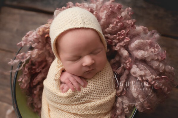 Newborn Photographer Near Me | Baby Jessica, 14 days old