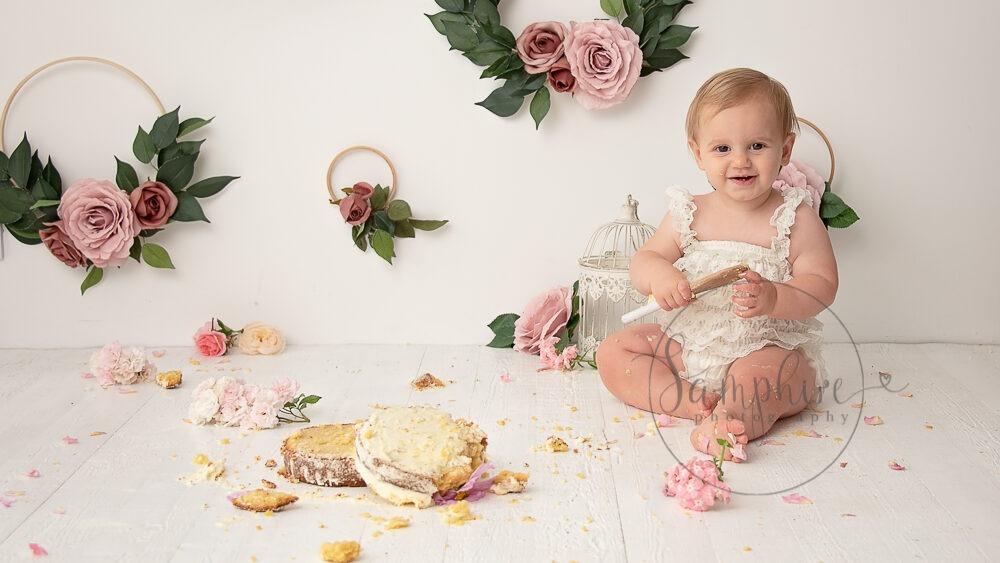 cake smash near me one year first birthday girl pink floral Samphire Photography