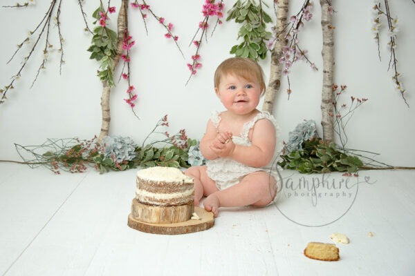Cake Smash Photography Sussex, by Samphire Photography