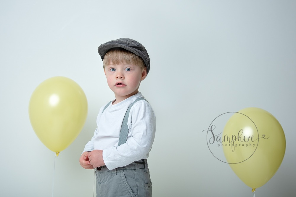 photographic work experience west sussex studio child portrait balloons Samphire Photography