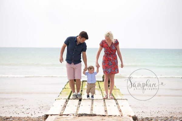 Family Portraits by the Sea, by Samphire Photography