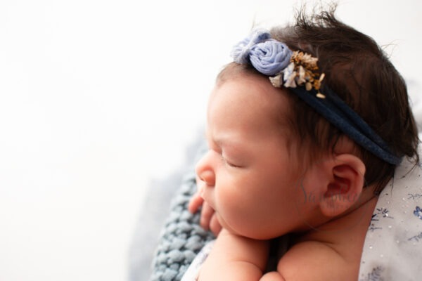 experienced newborn photographer Surrey